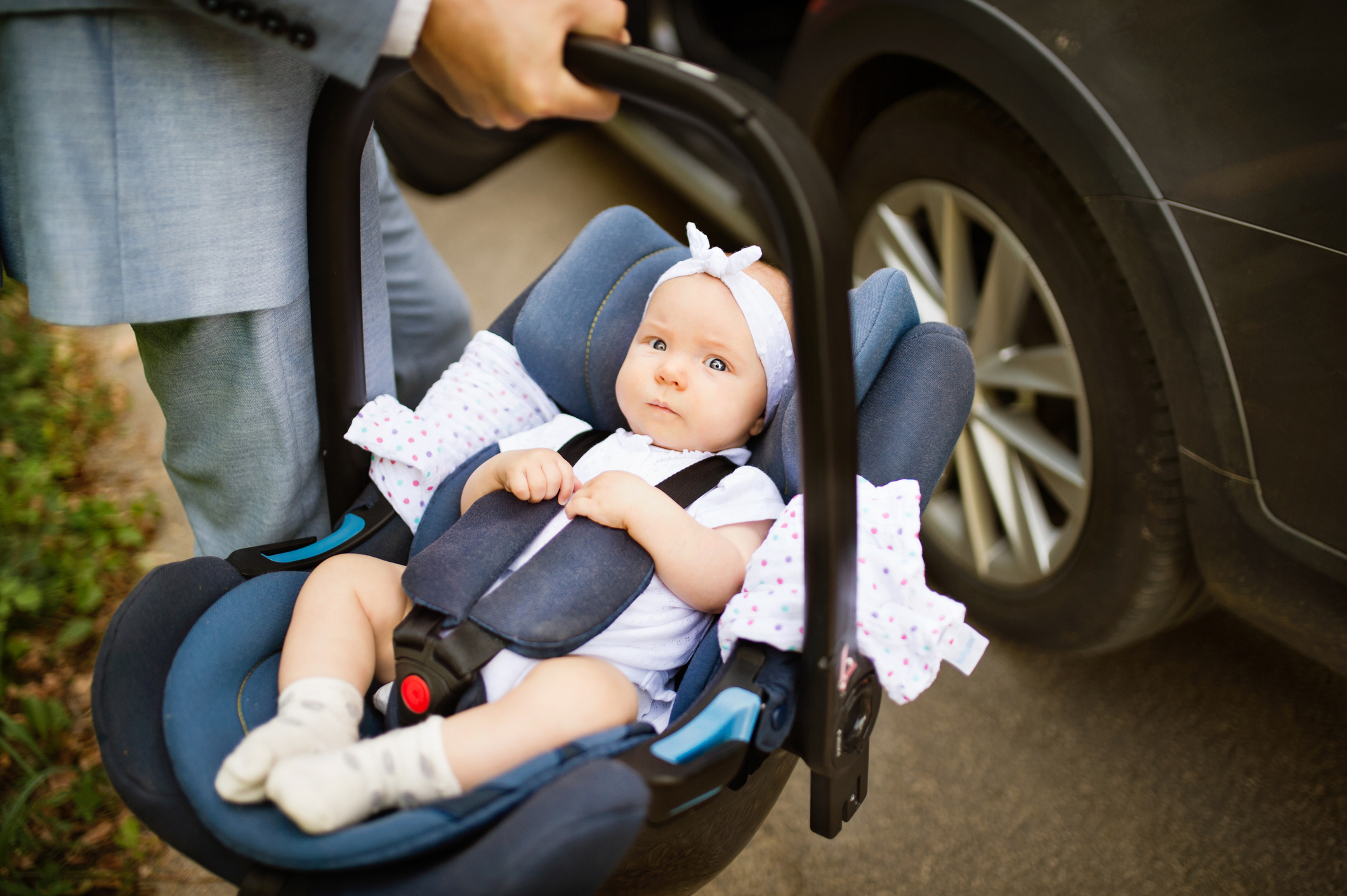 Fitting a baby's car seat | NCT