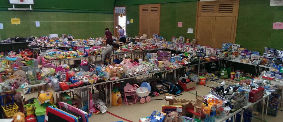 Picture of the toys laid out ready for buyers at Cambridge NCT Nearly New Sale